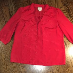 Tops - Red v-neck blouse with scalloped details.